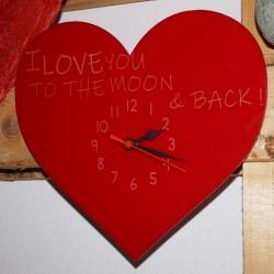 Reloj metacrilato corazón grabado